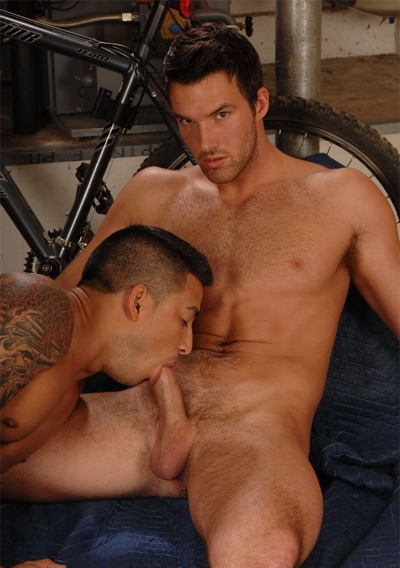 trystan-bull-and-hunter-blowjob